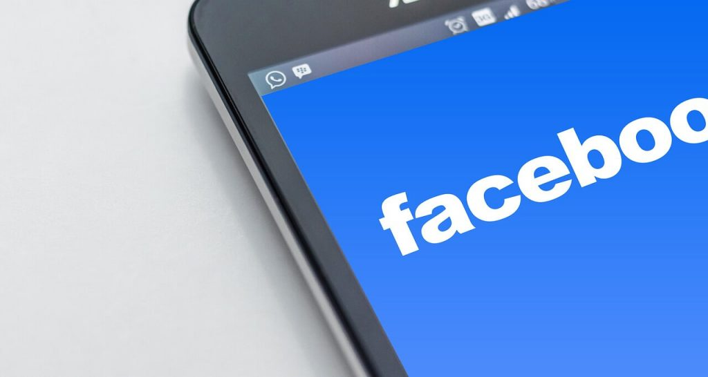 facebook comparte datos con whatsapp