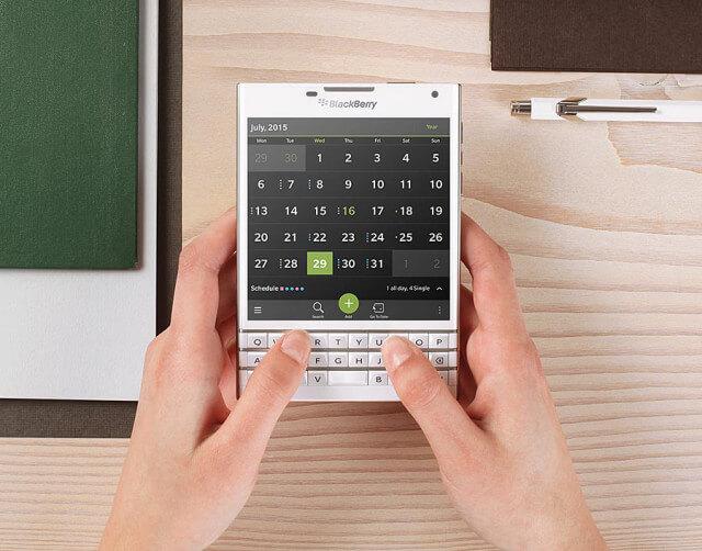 BlackBerry-Passport-blanca-1